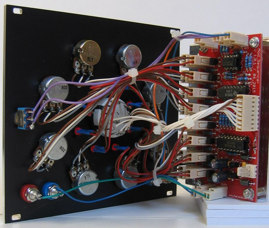 Modulation Sequencer back view