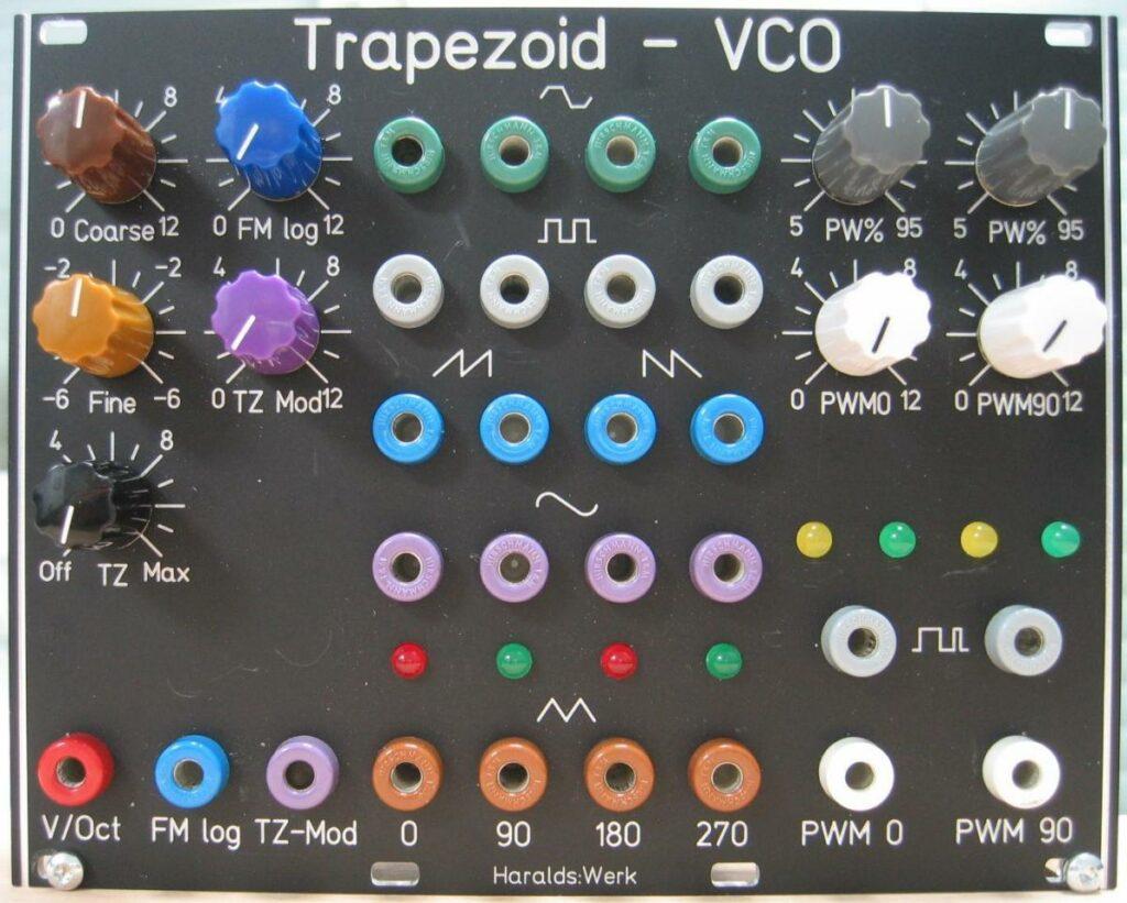 Trapezoid quadrature VCO through zero (flat version) with waveshapers