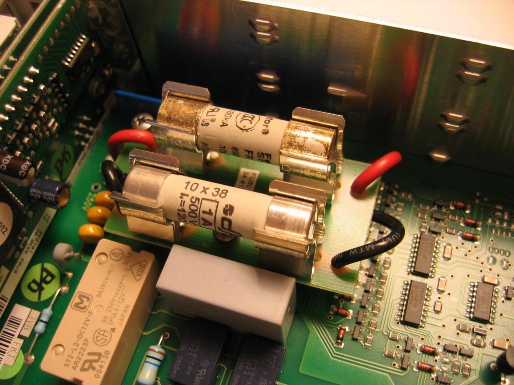 Hameg HM8012 Multimeter fuse replaced