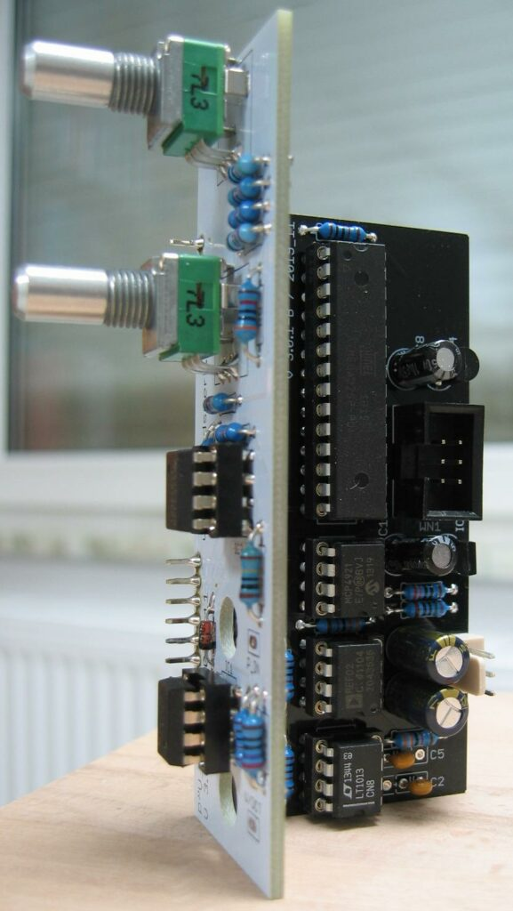 Pitch to Voltage converter: Populated PCB's